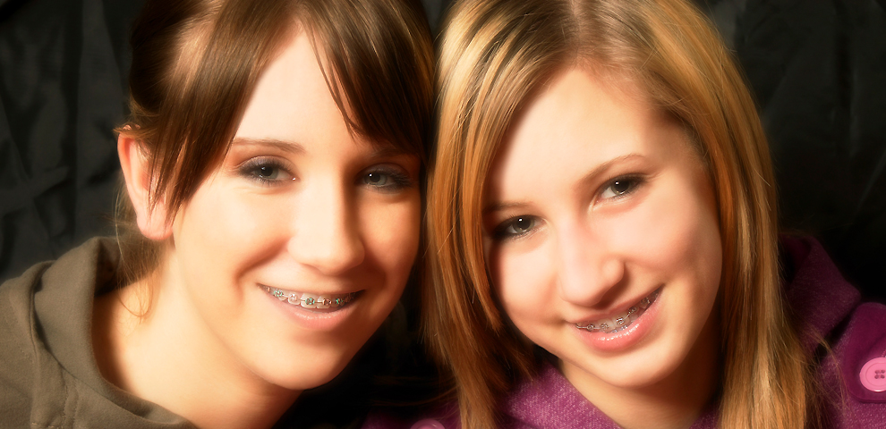 TeenFriends_Braces_1